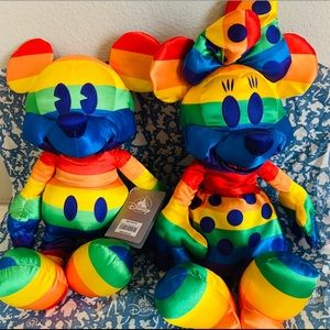 Rainbow Disney Collection Mickey and Minnie Mouse